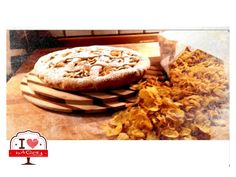 Eccola qui!!!<3 Una crostata alla nutella coperta da uno strato di Corn Flakes!!! La cremosità del cioccolato e la croccantezza dei cereali crea davvero dipendenza! I <3 BAQERY  #ilovebaqery #crostata #nutellaecornflakes #cremosoecroccante #dipendenza #nuoveidee #originedeinostriingredienti