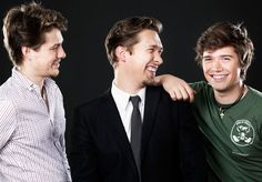 Zac's arm is up, t.han's cheek freckle is showing AND we only have to look at half of Ike. WIN!