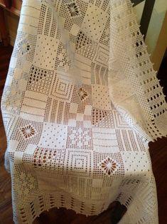 Articles similaires à Crochet Thread Patchwork Nappe sur Etsy Filet Crochet, Crochet Chart, Thread Crochet, Crochet Stitches, Crochet Bedspread Pattern, Crochet Tablecloth Pattern, Crochet Blanket Patterns, Baby Blanket Crochet, Crochet Doilies