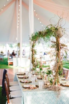 photo: Amy Campbell Photography; rustic garden wedding reception