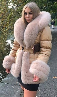 Cold Weather, Parka, Hoods, Fall Outfits, Furs, Coat, Jackets, Down Jackets, Cowls