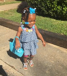 Cute Black Babies, Beautiful Black Babies, Adorable Babies, Cute Kids, Cute Toddler Hairstyles, Black Kids Hairstyles, Baby Baby, Baby Kids, Biracial Babies
