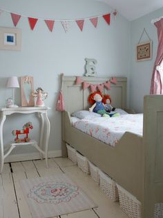 Pretty little girl's room