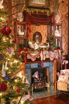 A Victorian Christmas.Love the fireplace. Christmas Fireplace, Christmas Mantels, Christmas Past, Very Merry Christmas, Cozy Christmas, Christmas Carol, All Things Christmas, Beautiful Christmas, Christmas Holidays