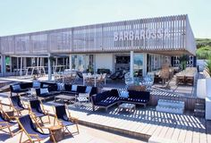 barbarossa beach club Outdoor Restaurant Patio, Terrace Restaurant, Restaurant Concept, Restaurant Design, Pool Bar, Cafe Design, Küchen Design, Beach Club, Ibiza