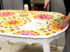 how to modge podge kitchen table
