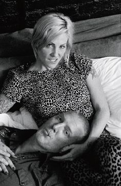 Josh Homme(Queens of the Stoneage) and wife Brody Dalle (The Distillers) Brody Dalle, Rock Couple, Tim Armstrong, Eagles Of Death Metal, The Distillers, Josh Homme, Wayne's World, Beautiful Wife, Music Film