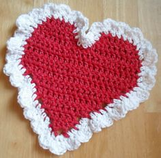 crocheted christmas dishcloths patterns | Happier Than A Pig In Mud: Crochet Heart Dish Cloth-Project #2