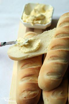 Panecillos de Viena (con prefermento) - Mis recetas favoritas by Hilmar Pan Bread, Bread Baking, Types Of Flour, Empanadas, Bread Recipes, Bakery, Cheese, Sweet, Desserts