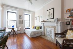House Tour: A Writer's 350 Square Foot Brooklyn Studio | Apartment Therapy