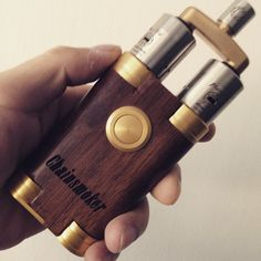 «Chain smoker Mod ... Double your cloud ...  http://VAPEMagazine.com @vapemagazinecom #vapemagazine