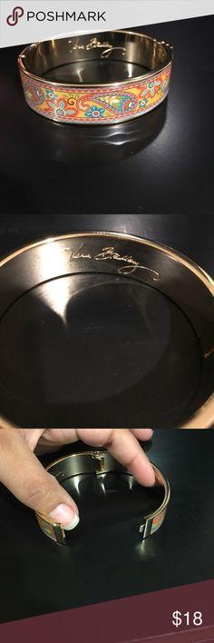 Vera Bradley bangle New WOT bangle from Vera Bradley. Vera Bradley Jewelry Bracelets