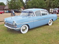 1958 Vauxhall Cresta brother and i bought one at auction for $1.00 gave it to school for smash and bash (fundraiser) things we do... Retro Cars, Vintage Cars, Antique Cars, General Motors, Vauxhall Motors, Automobile, Old Classic Cars, Old Bikes, Small Cars