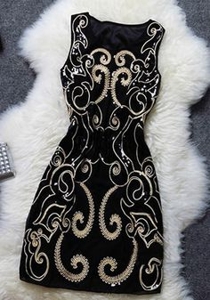 New Spring Vintage Party Style! Featuring the sequin floral embroidered design, its charming, gorgeous and elegant features would push you out of the crowd and make you be the party queen. Four colors, I like the black one, and you? Tight Black Homecoming Dress, Homecoming Dresses, Black Women Fashion, Look Fashion, Womens Fashion, Dress Fashion, Fashion News, Black Cocktail Dress, Party Fashion