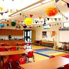 Fun classroom decor from @1canoe2 #teachersfollowteachers #iteachtoo #teachersoftpt #iteach2nd #iteach1st #iteach3rd #teachertribe #teacherlife #classroomdecor