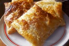 Traditional Romanian pastries - we love nature and we know that you enjoy eating only fresh and healthy food Cooking 101, Cooking Recipes, Healthy Recipes, Cooking Stuff, Healthy Food, My Favorite Food, Favorite Recipes, Romanian Food, Romanian Recipes
