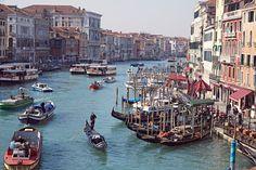 Vue du Grand Canal depuis le pont du Rialto