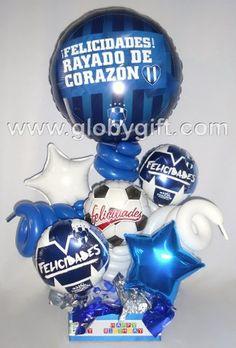 Para los fanáticos del futbol y Rayados de Monterrey, un arreglo con globos Candy Bouquet, Balloon Bouquet, 14th Birthday, Soccer Party, Balloon Decorations, Party Planning, Diy Gifts, Balloons, Gift Wrapping