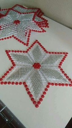 Yarn Crafts, Diy Crafts, Dining Decor, Plastic Canvas Patterns, Beaded Embroidery, Doilies, Christmas Crafts, Crochet, Handmade