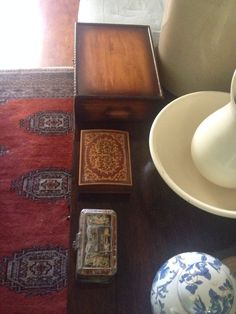 antique Trinket boxes... how cute are they?