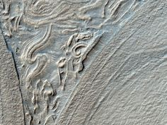 Hellas Basin formations