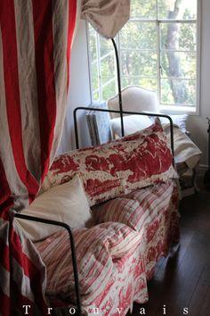 Trouvais Antique Polonaise bed...via Trouvais