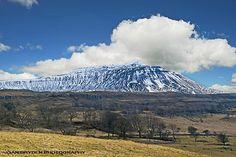 CHAPEL-LE-DALE-32--Ingleborough. Mount Rainier, Mountains, Nature, Travel, Image, Naturaleza, Viajes, Destinations, Traveling