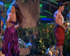 Wk5 Meryl & Maks performed a Jungle Book themed Samba