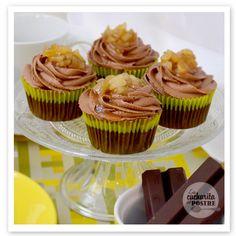 Cupcakes de chocolate y pera