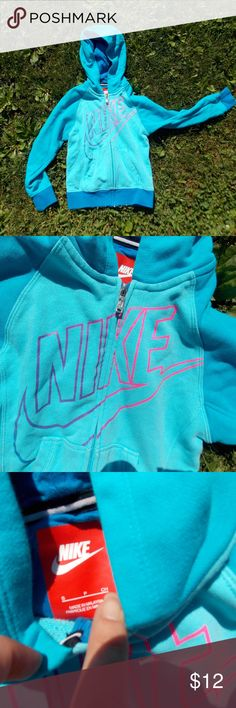 Nike Youth Girls Hoodie Jacket Size Small Size youth girls small - gently preowned. Be sure to view the other items in our closet. We offer women's, Mens and kids items in a variety of sizes. Bundle and save!! We love reasonable offers!! Thank you for viewing our item!! Nike Jackets & Coats
