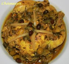 Tajine chicken, olives and lemon confit recipe Source by Chicken With Olives, Zucchini, Spicy, Food And Drink, Pork, Meat, Vegetables, Recipes
