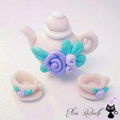 dollhouse miniature teapot and teacups