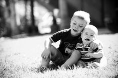 20 Sweet Examples of Siblings Photography