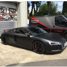 All black ☠ by owner Audi R8 V10 Plus, Audi Rs, Matte Cars, New Ferrari, Car Tuning, Performance Cars, Luxury Cars, Luxury Vehicle, Luxury Lifestyle