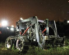 The LifeTrac is a modular, open-source tractor for the apocalypse http://pops.ci/X0prlN
