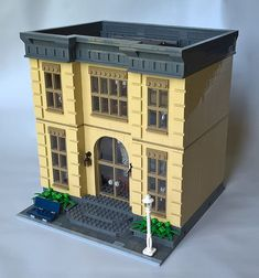 Musée d& naturelle - You are in the right place about diy projects Here we offer you the most b - Lego Moc, Lego Duplo, Lego Hacks, Casa Lego, Modele Lego, Lego Boards, Lego Modular, Cool Lego Creations, Lego Architecture