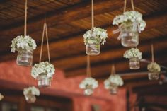 Detalles para una boda campestre Foto: Lotus Studio http://www.velodevainilla.com/2015/07/14/fiorella-jorge-la-boda-campestre-que-van-amar/