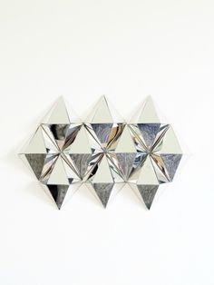 DIY-Geometric-Mirror-Diamonds. I pinned this for the mirror sheets and 3m tape!