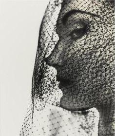 Irving Penn, Veiled Face (Evelyn Tripp), 1949