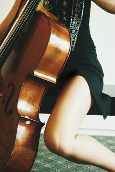 I SO want to learn the cello!!!