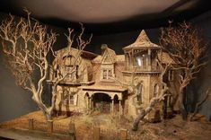 the munsters today/munsters house (a NON-spooky version of this house would be beautiful) Haunted Dollhouse, Haunted Dolls, Dollhouse Miniatures, Dollhouse Ideas, Halloween Village, Halloween Haunted Houses, Halloween Decorations, Halloween Doll, Halloween Crafts