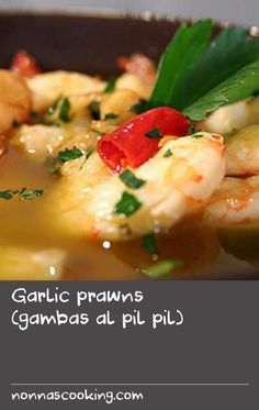 """Garlic prawns (gambas al pil pil) 