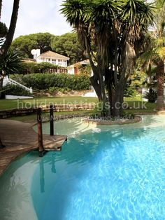 Marbella villa - excited