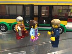 LEGO City Bus Station 2017 Set Bus Driver Handicap Doors