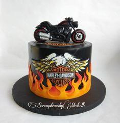 Harley Davidson cake Birthday Cake For Husband, Adult Birthday Cakes, Torta Paris, Motorbike Cake, Harley Davidson Birthday, Harley Davidson Cake, Bike Cakes, Motos Harley, Fantasy Cake