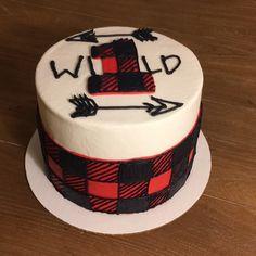 """Wild One"" lumberjack themed birthday cake and smash cake. I totally ❤ thi. ""Wild One"" lumberjack themed birthday cake and smash cake. I totally ❤ thi… – Henry Boys First Birthday Party Ideas, Wild One Birthday Party, 1st Birthday Cakes, Baby Boy First Birthday, Boy Birthday Parties, Birthday Fun, Birthday Wishes, Lumberjack Cake, Lumberjack Birthday Party"