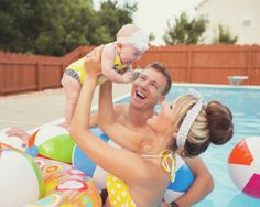 this is such a cool family photoshoot idea! Andi & Zoe