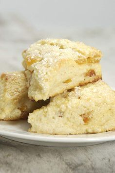Apricot Cream Cheese Scones: King Arthur Flour These are the best. Biscotti, Breakfast Recipes, Dessert Recipes, Scone Recipes, Breakfast Pastries, Bread Recipes, Cheese Scones, Fruit Scones, King Arthur Flour
