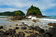 Costa Rican Seascape: Photographer Sheila Reeves