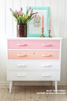 *faints* Those Colours!! The very best of Neopolitan icecream ;) Huset Ved Fjorden painted drawers and 19 more fabulous furniture makeover ideas